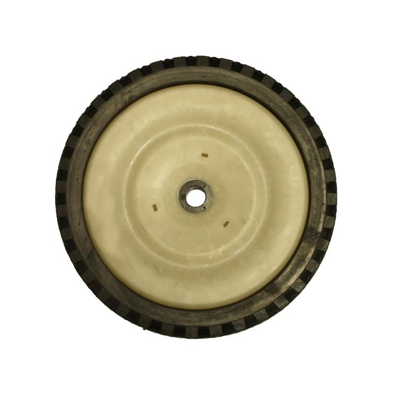 Promo balai ramasseur tra n pour mini tracteur et tondeuse autoport e ou pouss manuellement - Ramasse herbe pour tracteur tondeuse ...